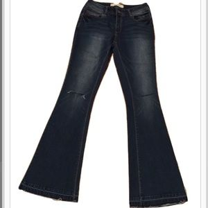 Cato Wide Leg Dark Washed Distressed Jeans 4R